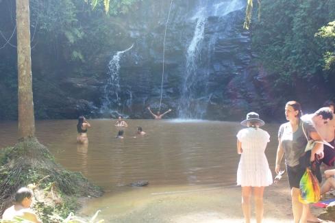 Marionete da cachoeira