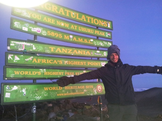 Half a Mission Accomplished. O Topo do Kili.