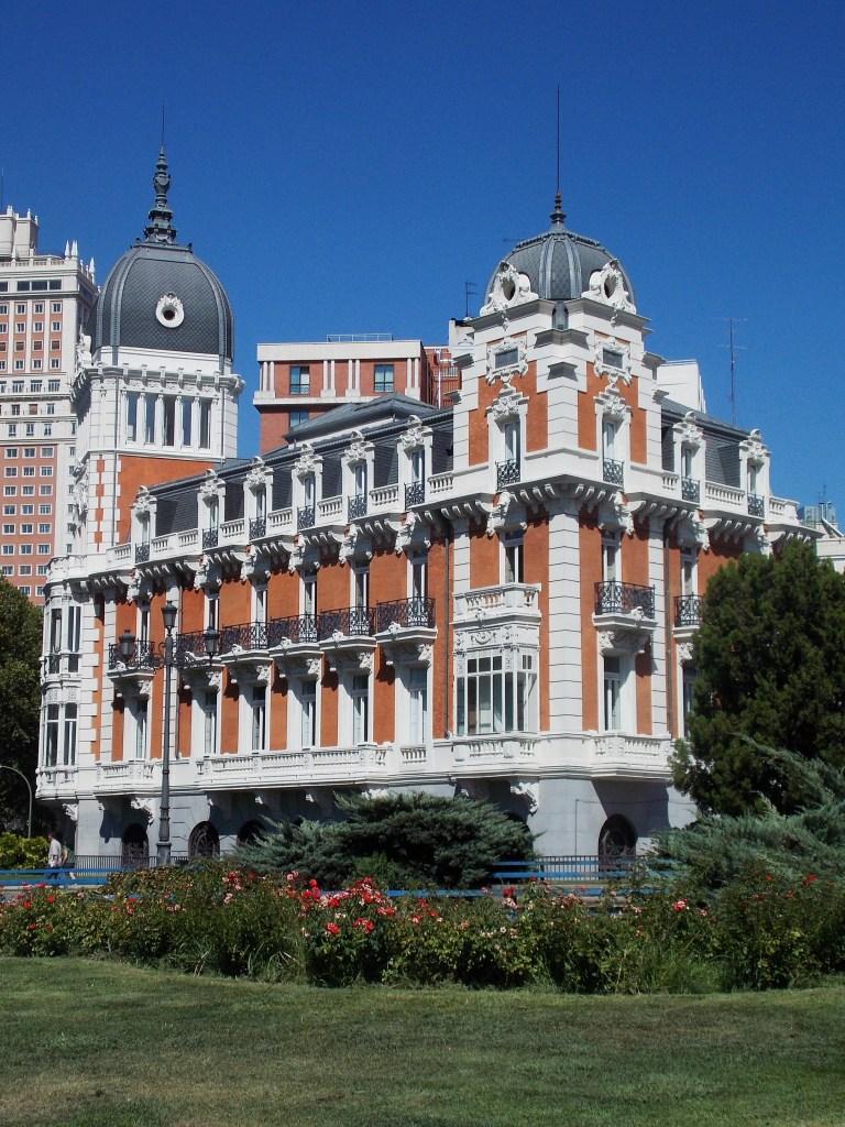 Madri Architecture