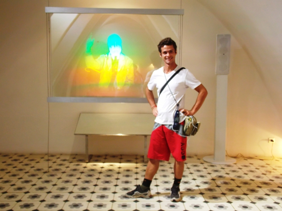 Me and Gaudi in Hologram
