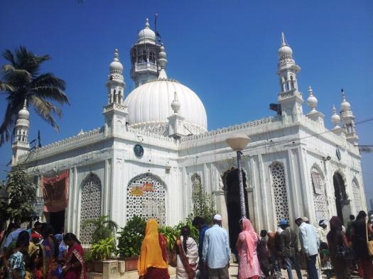 White Mosque in Mumbai
