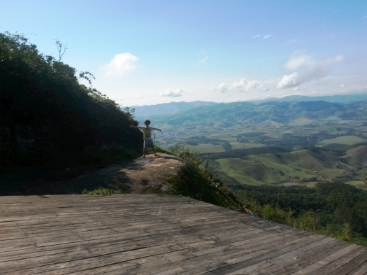 Joanópolis ao Fundo