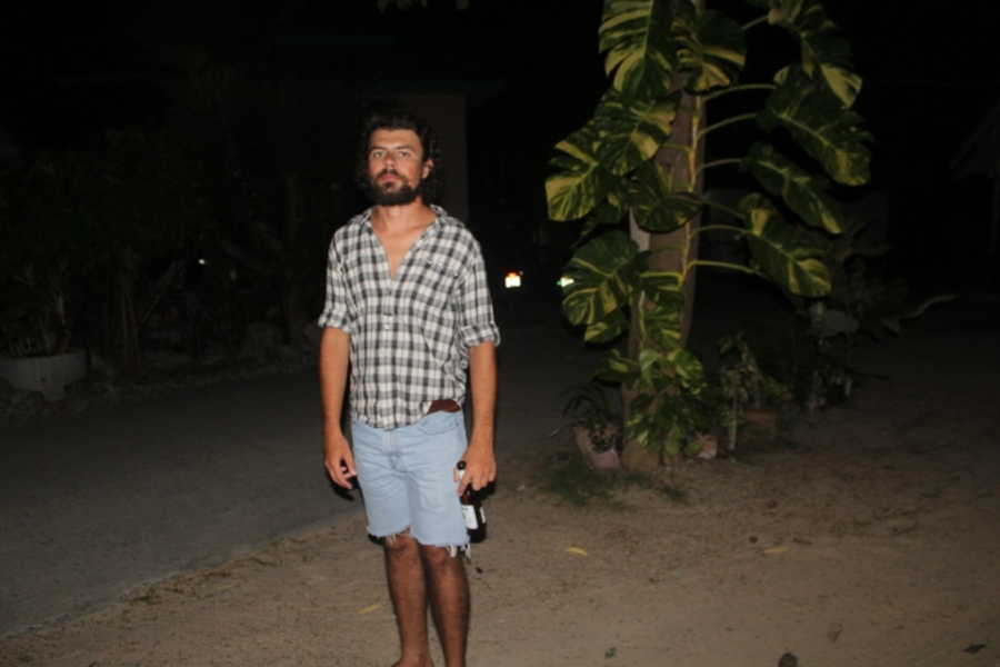Danilo animado para a Full Moon Party